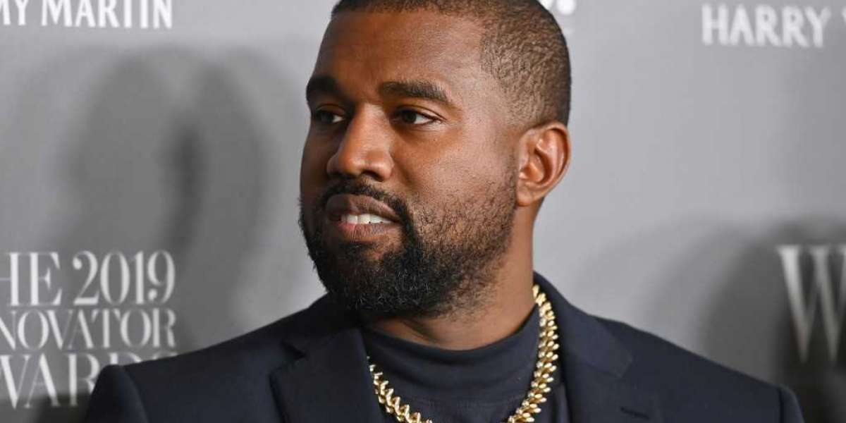 Kanye West officially a billionaire according to Forbes