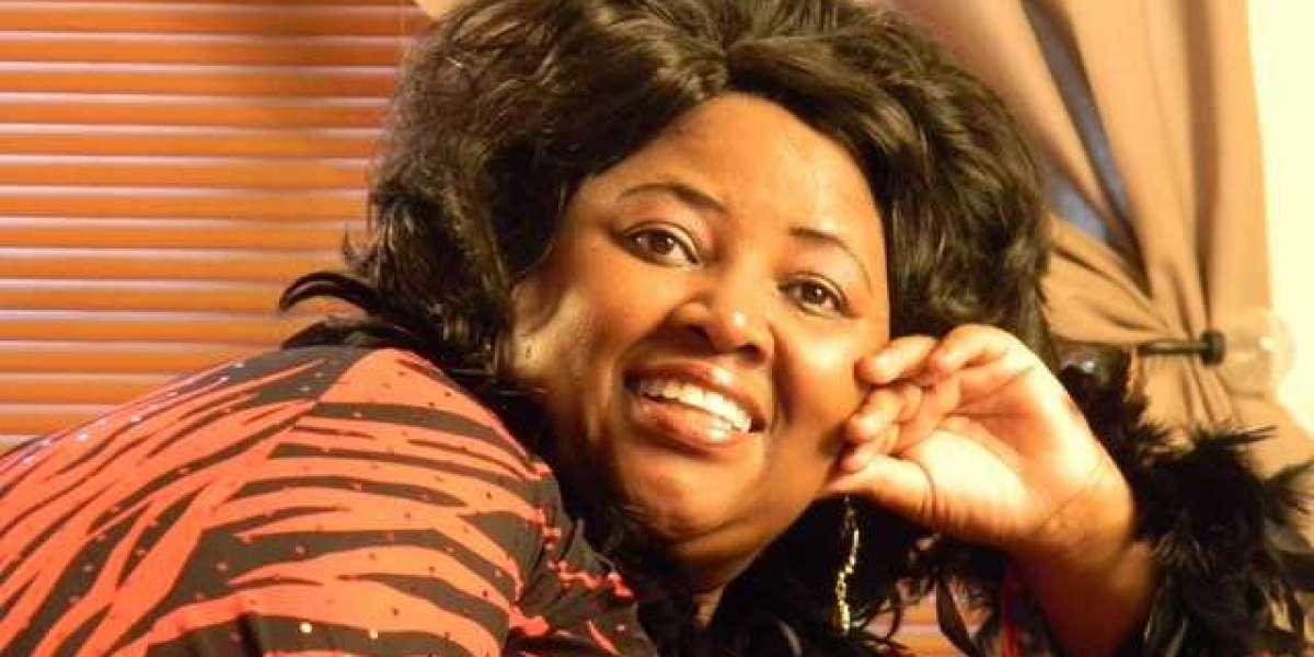 'Durban Diva' Pinkie Mtshali dies at 50