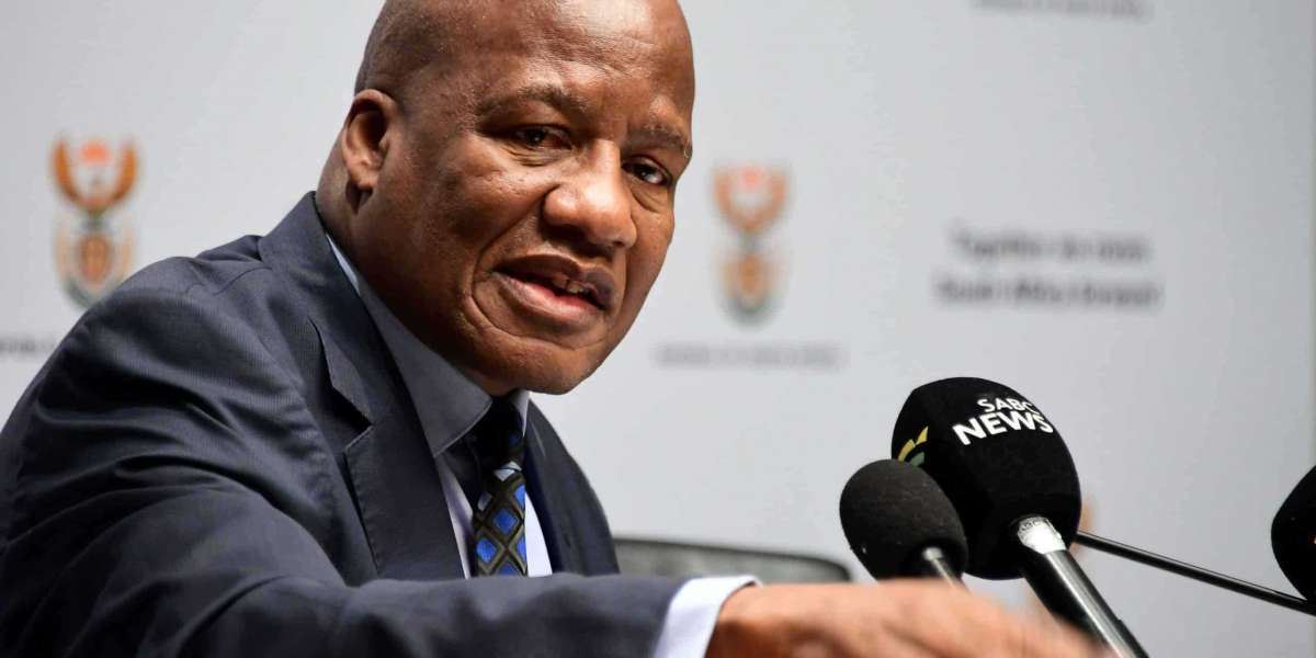 Minister Jackson Mthembu dies of Covid-related complications