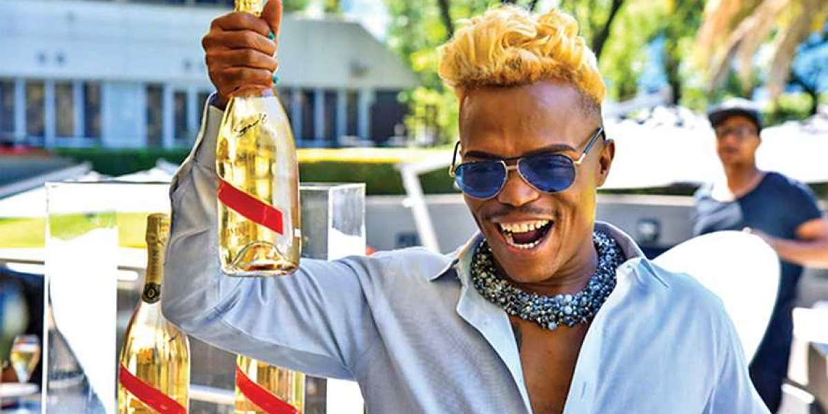 Somizi Mhlongo, Barleader TV and Multichoice served with summons