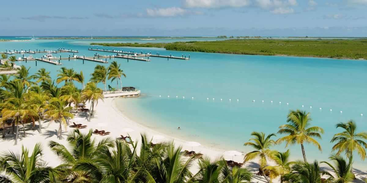 Popular places celebrities like to visit for vacations