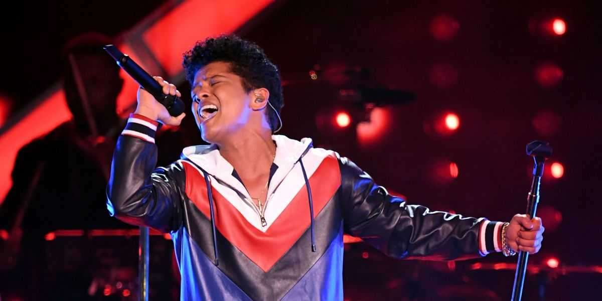 Bruno Mars Performs At Kristin Ryan and Troy Brown Multimillion-Dollar Cape Cod Wedding