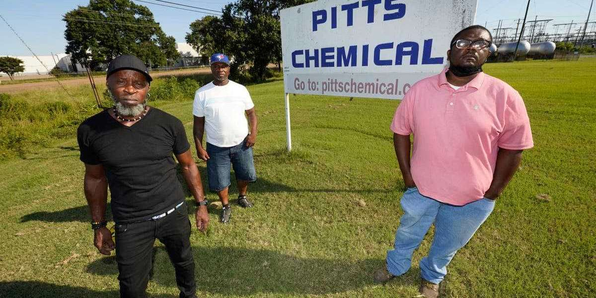 Pitts Farms sued by black workers for only hiring white South Africans in the US