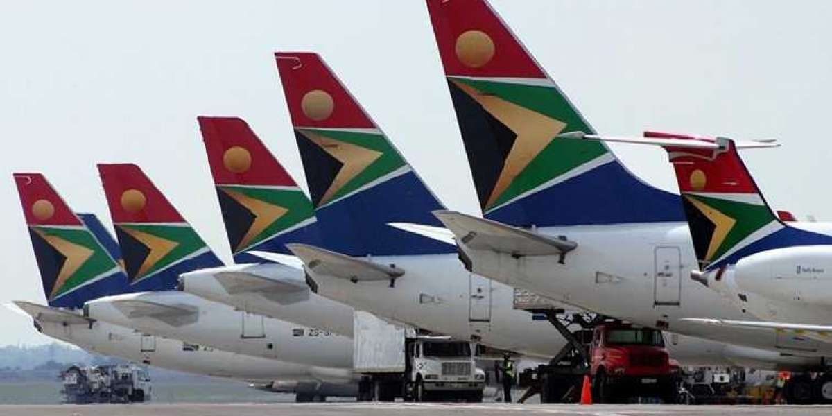 250 managers for 750 staff at the new SAA
